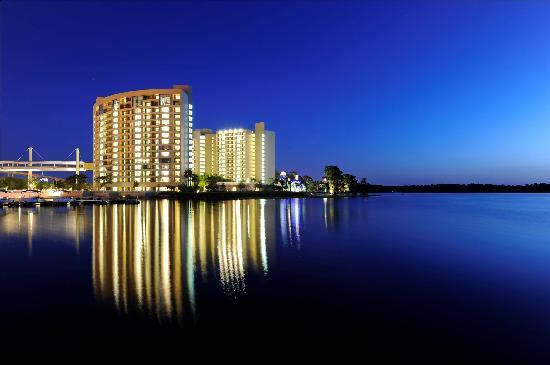Bay-Lake-Tower-at-Disneys-timeshare-resort